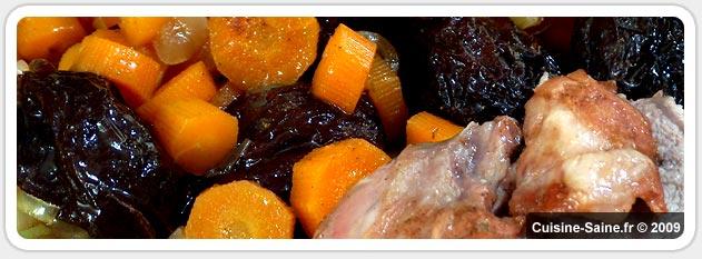 Epaule d'agneau aux carottes et pruneaux