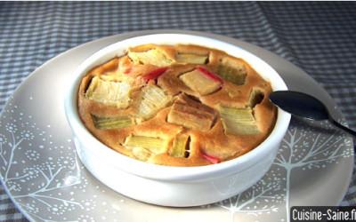 Recette bio à la vapeur : clafoutis à la rhubarbe sans gluten sans lait de vache