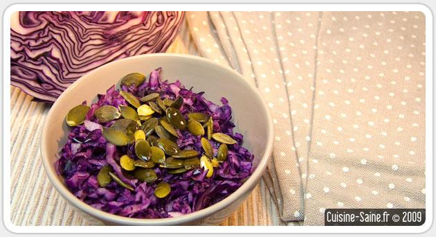 Salade de chou rouge sauce amande et graines de courges