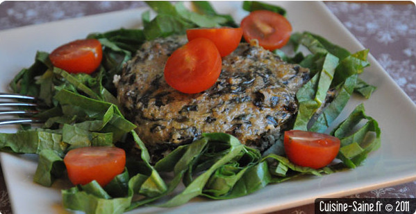 Recette bio : petits gâteaux de quinoa rouge aux épinards et comté
