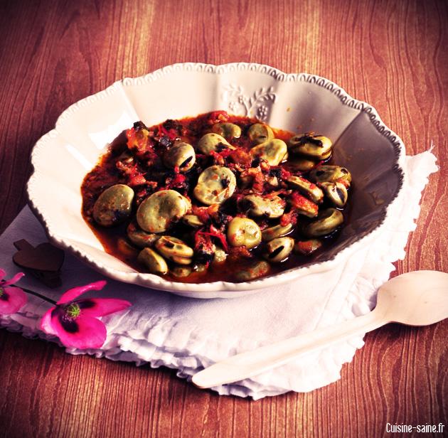 Recette bio : fèves à la coriandre et à la tomate