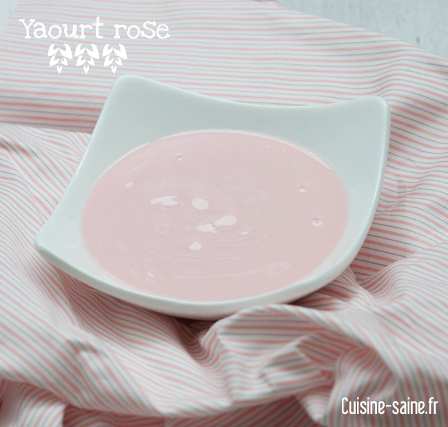 Yaourt rose à la poudre de betterave