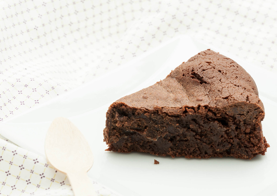 Gâteau au chocolat sans gluten, sans produit laitier