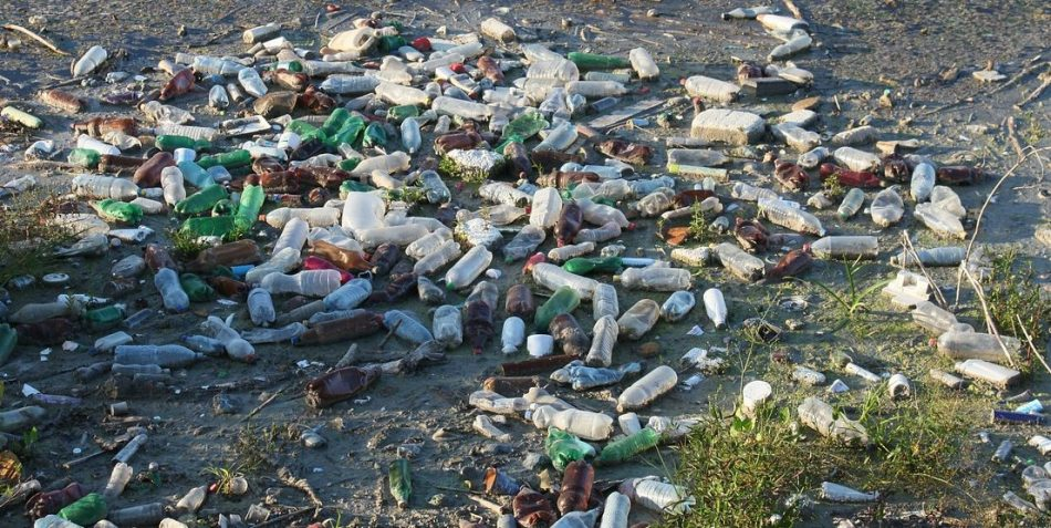 problème des eaux en bouteille