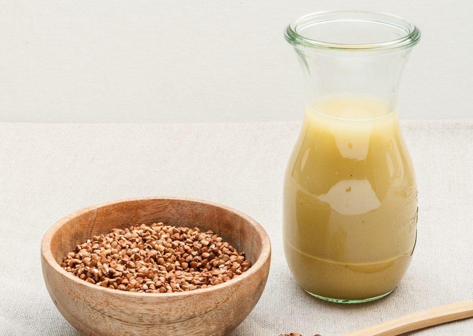 Lait de sarrasin maison, lait végétal alternatif au lait de vache